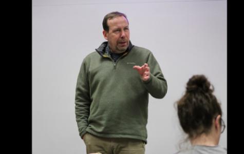 Seiler brings political world to classroom