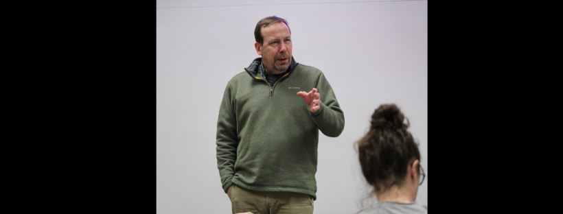 Seiler brings political world to classroom