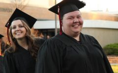 Lake Land fails to consult graduates about caps and gowns