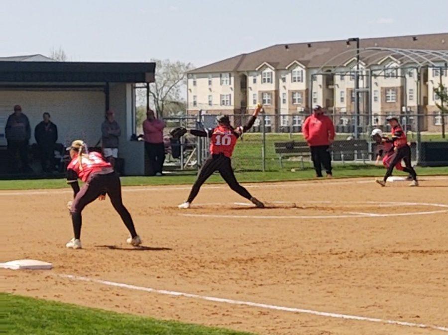 SB (2_2) Pitch by Sophomore Rachel Kaufman